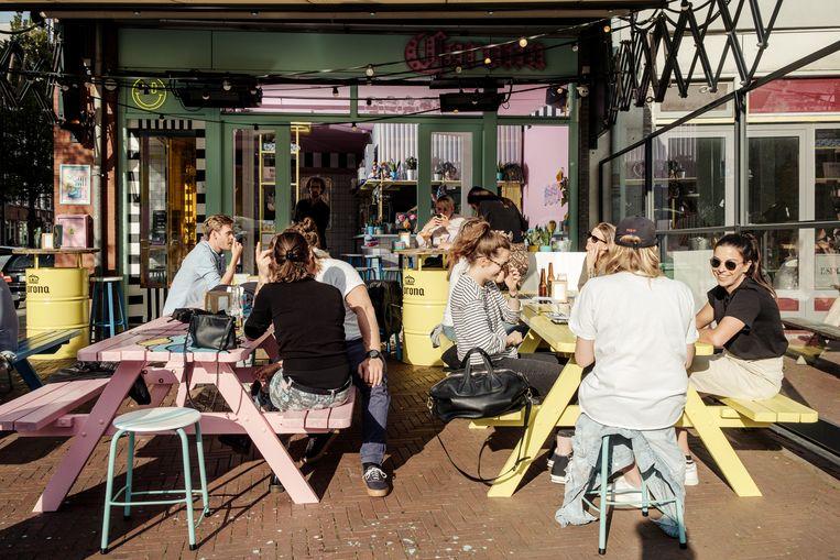 Local Dealer Food Inc, Dapperplein 23. Beeld Jakob van Vliet