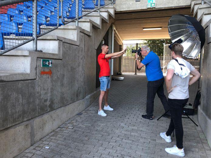 Robbin Ruiter werd donderdag gepresenteerd bij Willem II