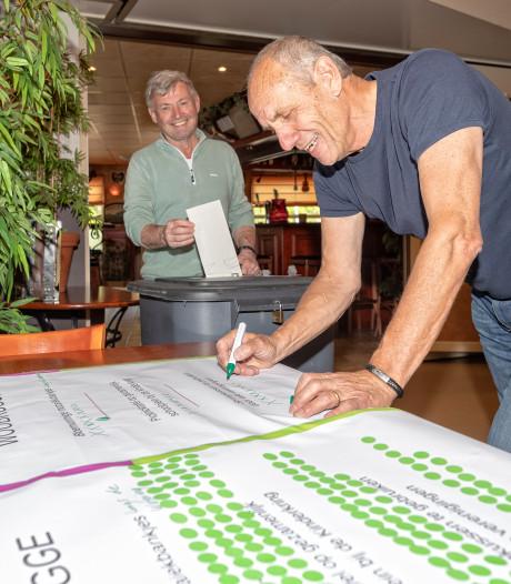 Stemmen voor bankje in Woubrugge en over vuurwerk in Bodegraven