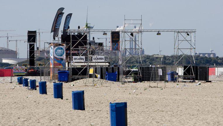 Het festivalterrein van het dansevenement Sunset Grooves op het strand van Hoek van Holland, waar een jongen twee jaar geleden is neergeschoten. Beeld