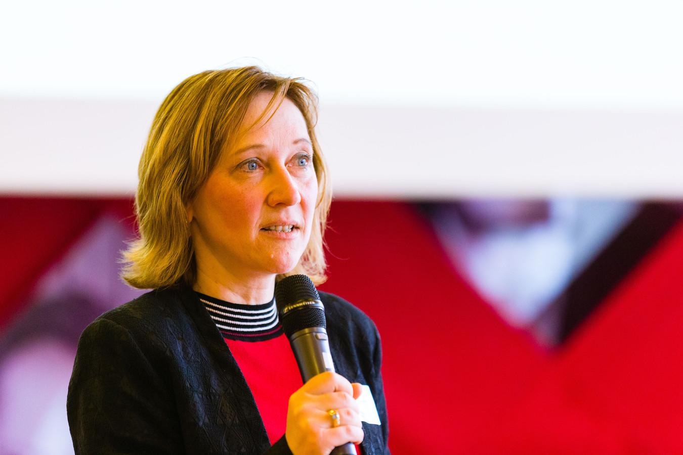 Lada Hensen-Centnerová, ISIAQ, tijdens congres op TU Eindhoven.
