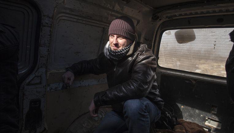 Remco Andersen wordt Syrië uitgesmokkeld na het ontmoeten van leden van de Syrische rebellen in Homs, 11 januari 2012. Beeld Sam Tarling