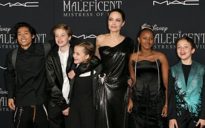 Angelina Jolie et ses enfants, Pax, Shiloh, Vivienne, Zahara et Knox, en septembre 2019.