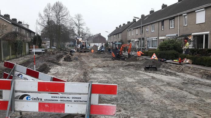 In de omgeving van de Namenstraat wordt gewerkt aan de wegen. Hier krijgt de Vlaanderenstraat nieuwe bestrating.
