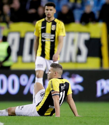 Vitesse-topscorer Linssen kampt met kneuzing voet
