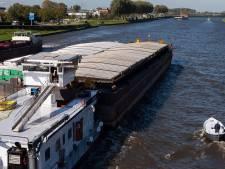 Brandweer redt vrouw uit Amsterdam-Rijnkanaal: 'Hier doen we het allemaal voor'