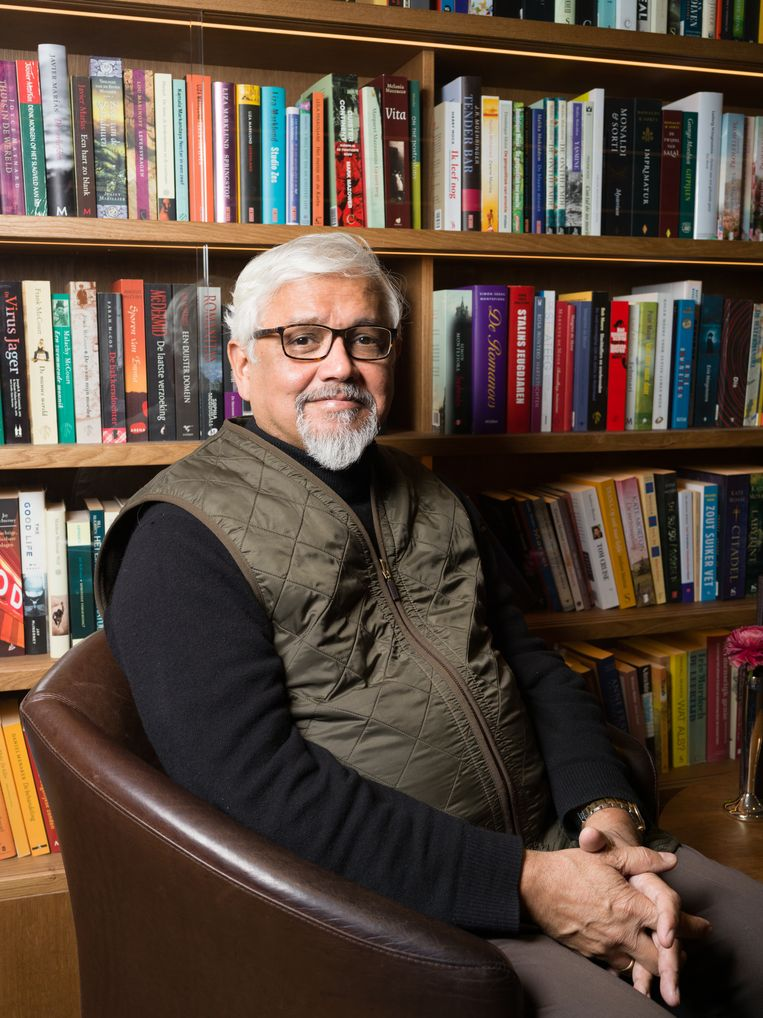 Amitav Ghosh Beeld Ivo van der Bent