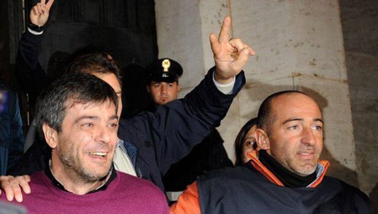 Een lachende Antonio Iovine bij zijn arrestatie in 2010.