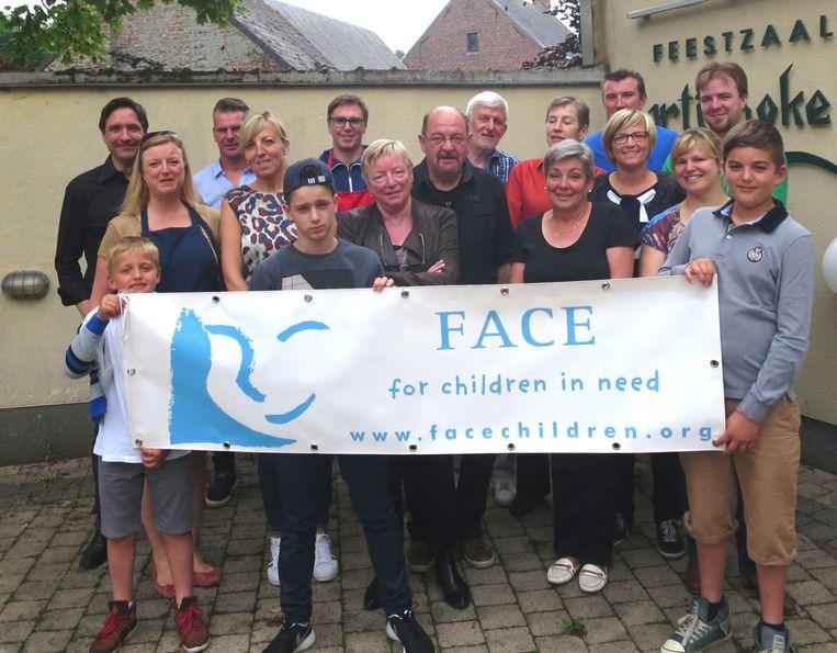 Archieffoto Etienne Cloots, uit Haaltert en zijn Dendervrienden van FACE for Children in Need VZW.