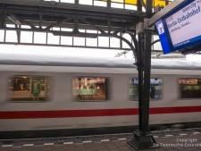 Gezochte man (44) uit internationale trein gehaald