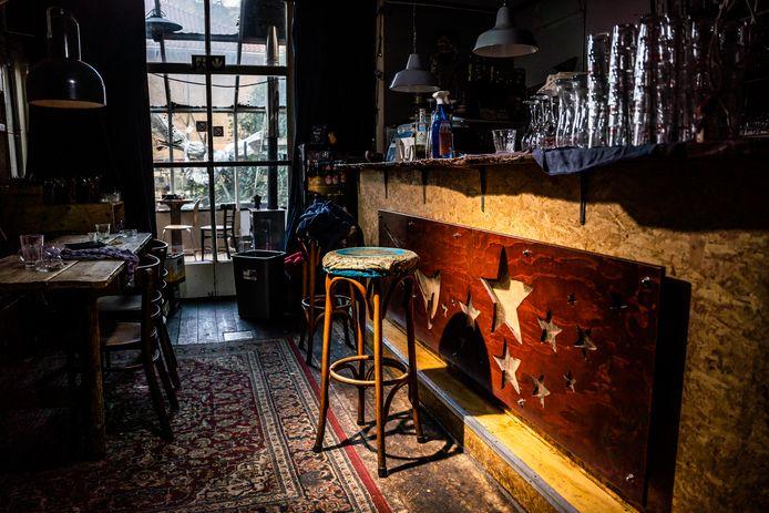 Stella by Starlight zal haar deuren niet meer openen. Het Arnhemse café komt de coronacrisis niet te boven.
