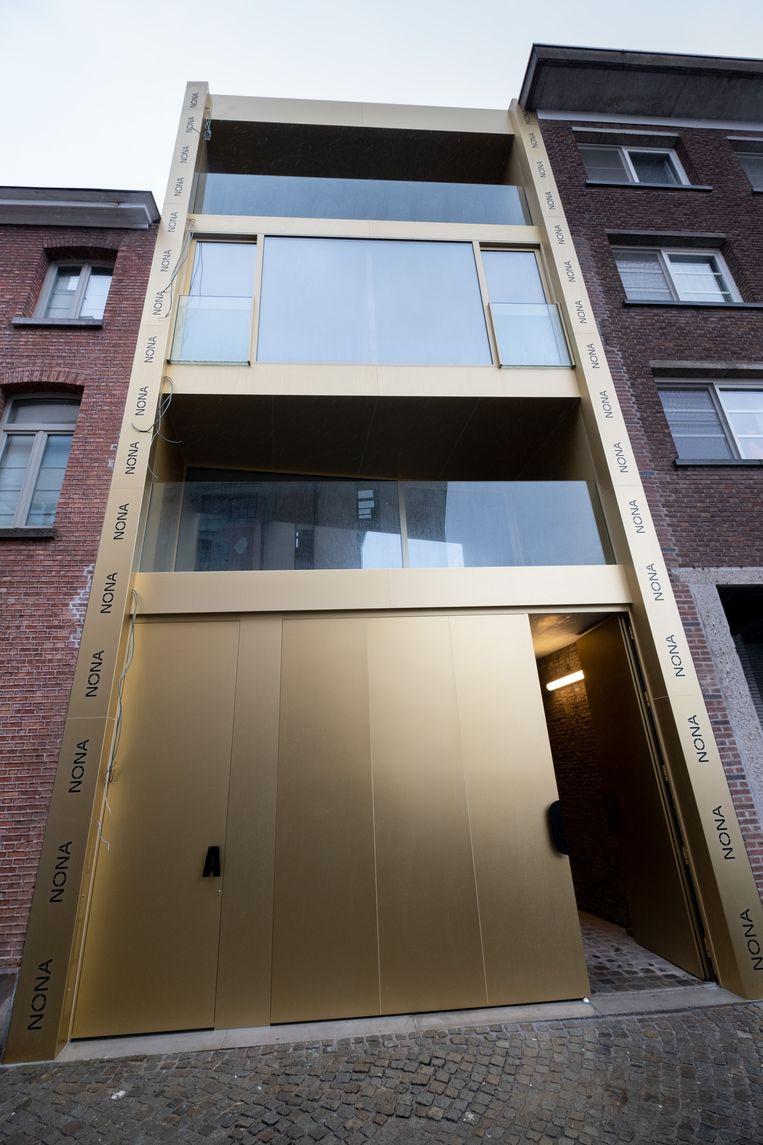 MECHELEN Nieuwe gebouwen voor nona: gouden toegang in de Begijnenstraat
