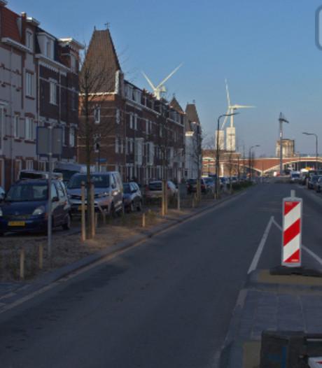 Windmolens bij kanaal de nieuwe reuzen van Nijmegen