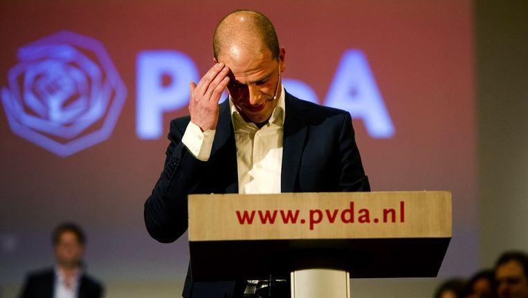 PvdA-leider Diederik Samsom praat met partijleden over de plannen van zijn partij tijdens een politieke ledenraad in Utrechtse Jaarbeurs. Beeld anp