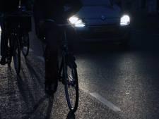 19 fietsers zonder verlichting op de bon in Breda