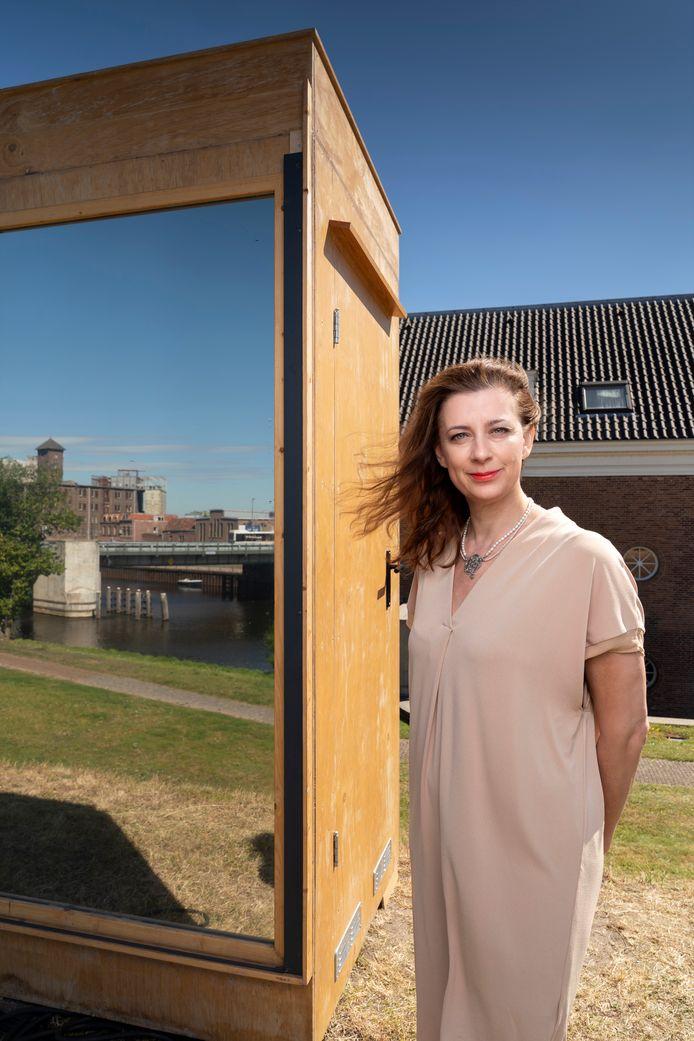 Viktorien van Hulst, directeur van Festival Boulevard op het festival terrein van de Citadel.
