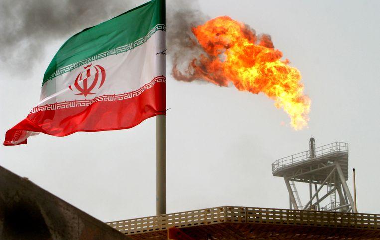 De olieproducerende landen vrezen dat er tekorten zullen zijn nadat de sancties tegen Iran in werking treden.