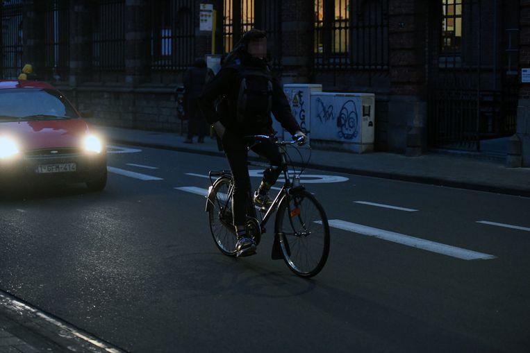 Eén op drie fietsers in Leuven rijdt zonder licht.
