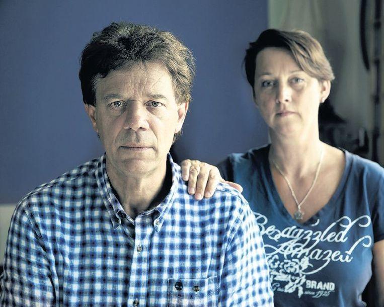 Robbert en Loes van Heiningen. Zijn jongere broer Erik, schoonzus Tina en neef Zeger kwamen in Oekraïne om het leven. Beeld Sjaak Verboom
