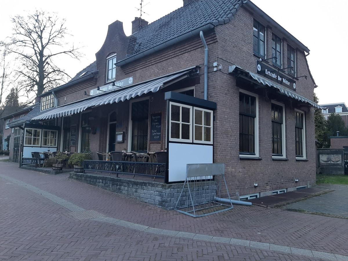 Eetcafé De Witte in Beek gaat dicht.