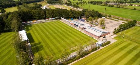 PEC Zwolle O21 te gast bij toernooi derdedivisionist Staphorst