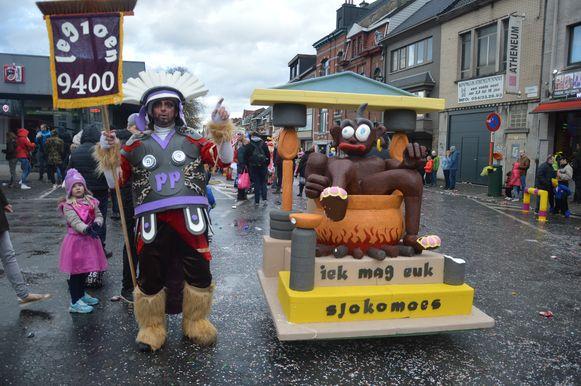 Chocomousse mocht natuurlijk niet ontbreken in de Ninoofse carnavalsstoet.