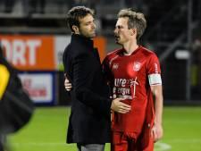 Staf laat FC Twente-icoon Brama keihard vallen in gesprek met fans