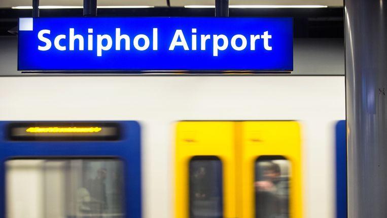 De verbouwing van station Schiphol heeft hoge prioriteit voor de coalitiepartijen Beeld anp