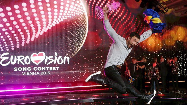 De Zweed Mans Zelmerlöw aan het feest na zijn overwinning in het zestigste Eurovisiesongfestival.