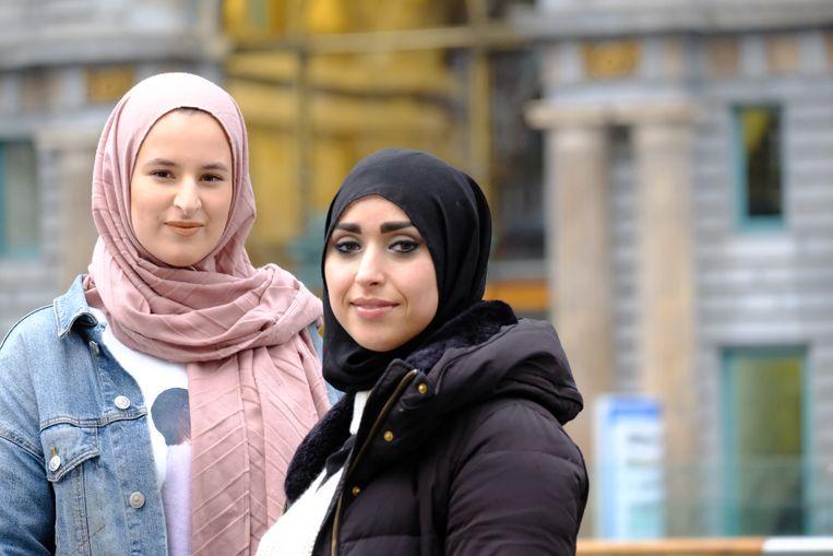 Yasmia Setta (Groen) en Khadija Chennouf (PVDA).