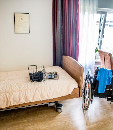 Nog meer bedden in Apeldoorn voor herstellende corona-patiënt, tientallen oud-zorgmedewerkers terug