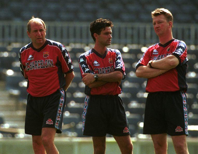 Seizoen 1997/1998: Rexach met Mourinho en Van Gaal.