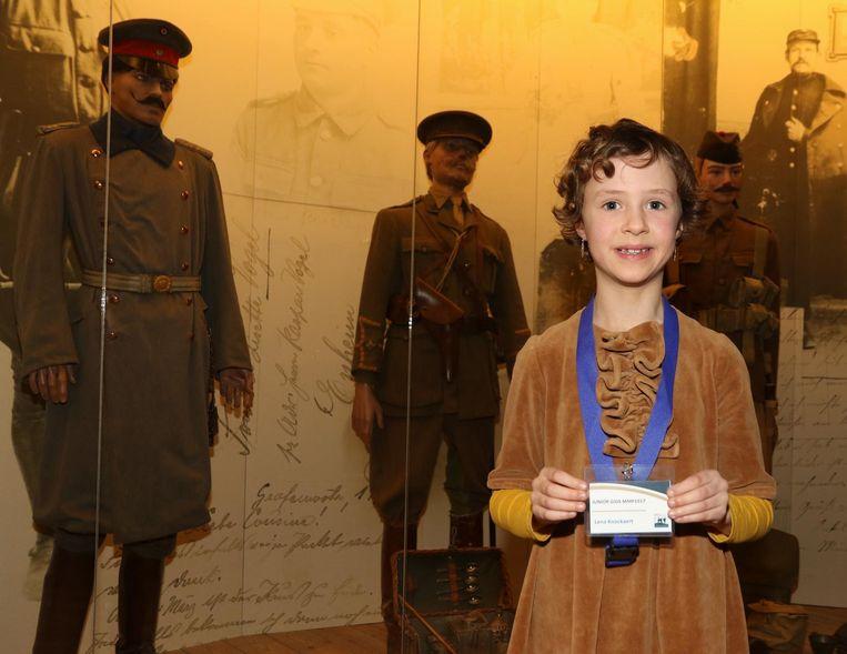 Lena Knockaert is de jongste gids in het Memorial Museum Passchendaele.