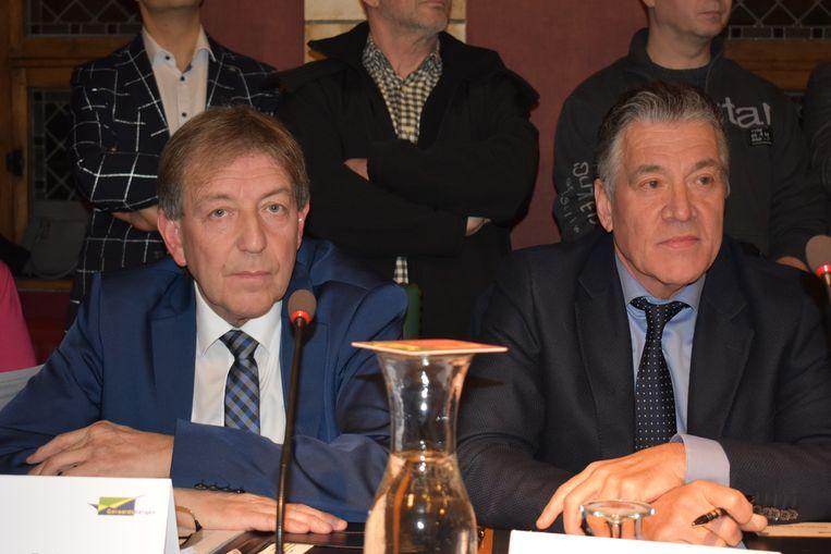 Stéphan Bourlau (r) gaat vragen om Paul Deprez uit de partij te zetten.