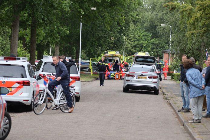 In het Friese Molenend (Munein, gemeente Tytsjerksteradiel) is een man overleden door een steekincident.