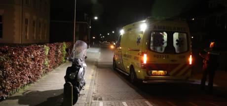 Scooterrijder gewond door botsing met stoeprand