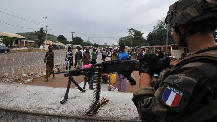 Een Franse soldaat in de Centraal Afrikaanse Republiek.
