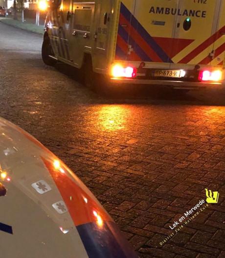 Dronken vrouw kruipt ondanks waarschuwingen achter het stuur en moet rijbewijs inleveren