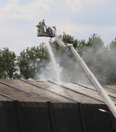 Nieuwe vloer in sporthal Hokhorst lijkt brand te hebben overleefd