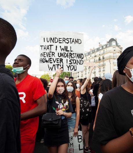 Tienduizenden mensen demonstreren in Parijs, rellen uitgebroken