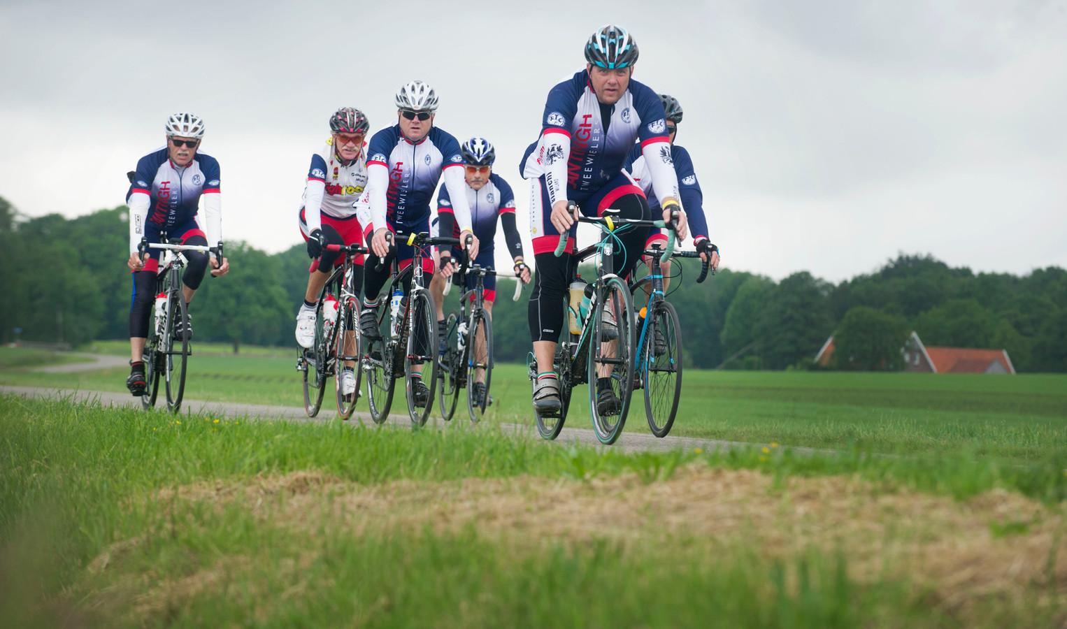 De route voert fietsers onder meer richting Ootmarsum en het Duitse grensgebied (archieffoto).