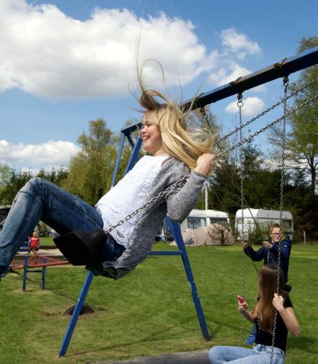 Toeristische sector in Overijssel luidt de noodklok: 'Ondernemers raken volledige omzet kwijt'