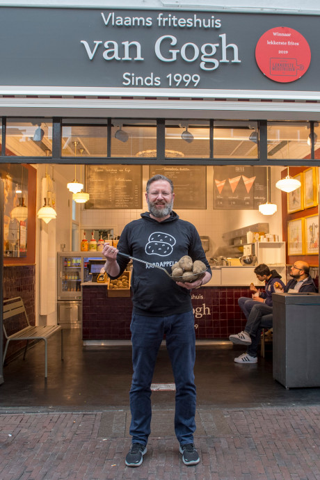 Arn Zuyderduin is de friteskoning van Amersfoort: 'Power to the pieper'