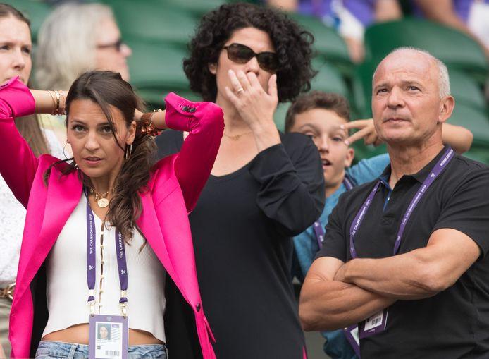 Goffins vriendin Stephanie, zijn manager Karine Molinari en zijn vader Michel.