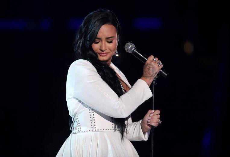Demi Lovato maakte haar comeback op de Grammy's.