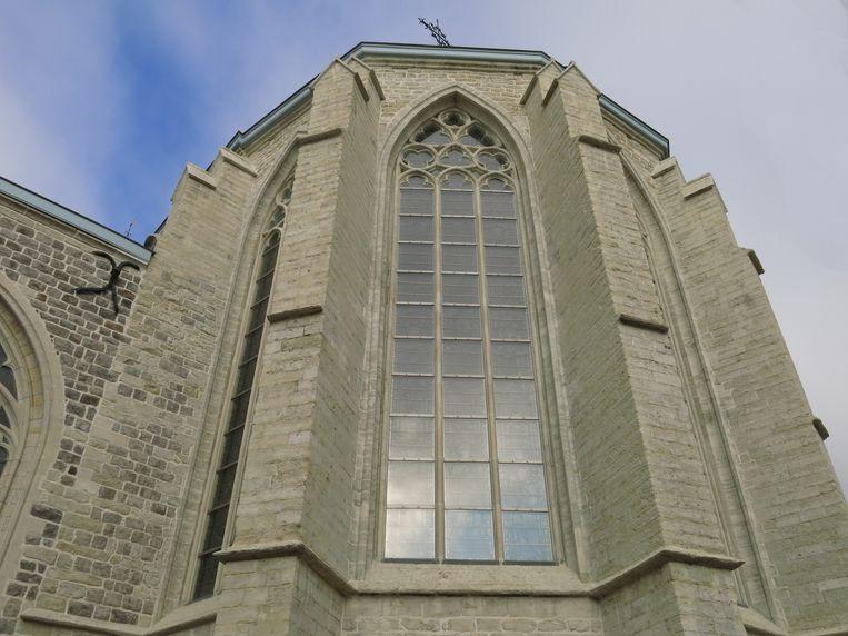 De Sint-Germanuskerk staat weer te schitteren na restauratie.
