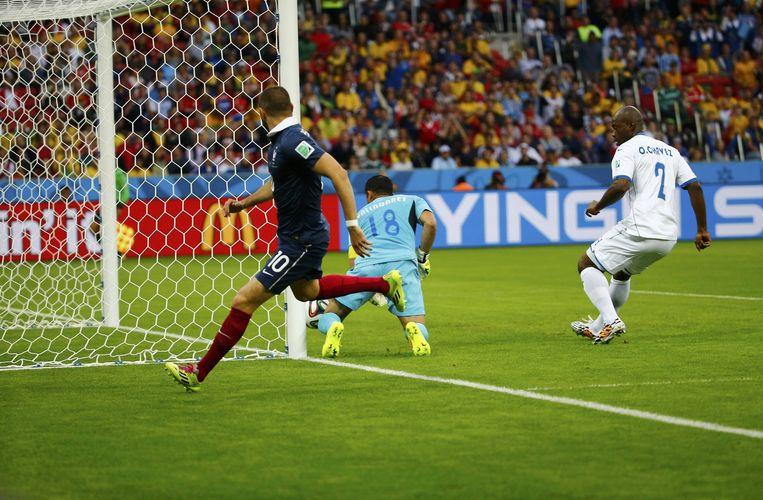 Benzema na 'zijn' tweede doelpunt Beeld reuters