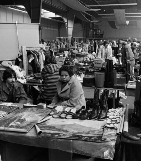 Senfs vlooienmarkt stond altijd blauw van de rook: 'In die tijd mocht je nog gewoon overal paffen'
