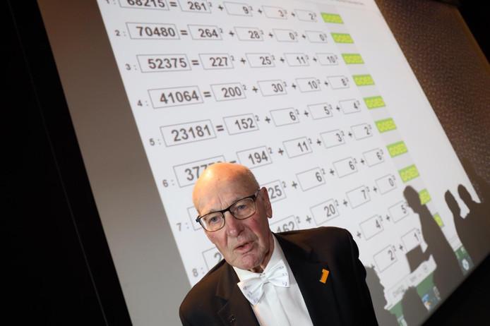 Willem Bouman (80) behaalde maandag een wereldrecord hoofdrekenen