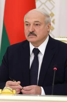 """Le prix Sakharov décerné à """"l'opposition démocratique"""" au président Loukachenko"""